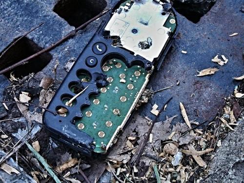 Gesetze für nachhaltigere Handys
